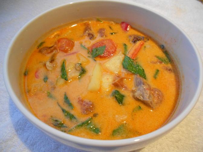 Canard rôti à la sauce curry - gaeng phet ped yaang