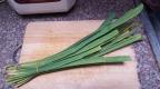 Ingrédients: Feuilles d'arbre-parapluie ស្លឹកតើយ